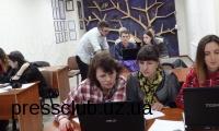Журналісти кількох регіонів вивчали у Харокві особливості створення інфографіки