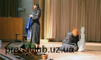 В Ужгороді під час вистави «Коли ластівки повернуться додому» плакав увесь зал
